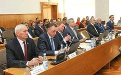 Н.Тихомиров: Утверждены основные параметры бюджета Вологодской области