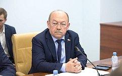 Г. Орденов провел вАстрахани «круглый стол», посвященный вопросам экологического образования, воспитания икультуры