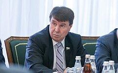 С. Цеков обсудил сжителями Республики Крым вопросы улучшения транспортного сообщения внаселенных пунктах