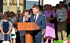 А. Шевченко поздравил школьников Шарлыкского района Оренбургской области сДнём знаний