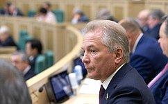 В. Пономарев принял участие впервом организационном заседании нового состава Центральной избирательной комиссии