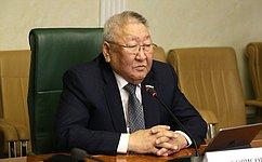 Мы работаем над предложениями посовершенствованию законодательства для развития малых форм хозяйствования вАПК– Е.Борисов