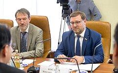 К.Косачев встретился сПослом Японии вРоссии Т.Кодзуки