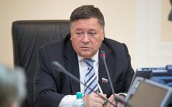 УБрянской области есть хорошие перспективы социально-экономического развития— С.Калашников