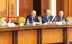 Развитие государственных электронных услуг направлено наисключение бюрократических барьеров— А.Кондратенко