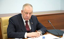 Нужно выработать решения позаконодательной поддержке развития российского рыболовецкого флота— С.Митин