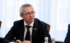 Заявил на встрече с журналистами член комитета сф по бюджету и финансовым рынкам олег казаковцев