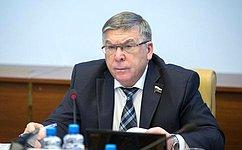 Необходимо решать вопрос обеспечения молодежи доступным жильем— В.Рязанский