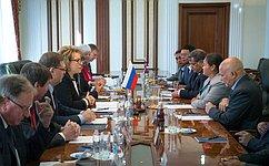 Председатель СФ В.Матвиенко провела встречу сглавой Парламента Непала О.ГхартиМагар