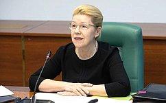 ВСовете Федерации обсудили вопросы защиты детей отпосягательств наполовую неприкосновенность