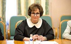 Е. Лахова: Важно сохранять иразвивать лучшие традиции сотрудничества между женщинами России иКитая