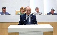 СФ совершенствует порядок исчисления иуплаты страховых взносов резидентами ТОСЭР исвободного порта Владивосток