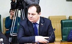Р.Гольдштейн: Одной изглавных тем Восточного экономического форума станет обсуждение Большого Евразийского партнерства