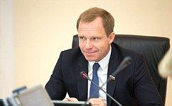 А. Кутепов предлагает предоставить волонтерам ряд льгот