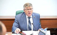 Вопросы лекарственной безопасности страны станут предметом обсуждения вверхней палате парламента— В.Рязанский