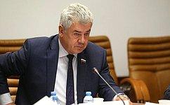В. Бондарев: Город Киров поправу отмечен почетным званием «Город трудовой доблести»