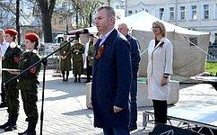 «Юнармия» объединяет тех, кто любит Россию иготов помогать ей стать лучше исильнее— И.Каграманян