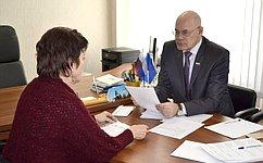 В.Круглый обсудил сжителями Орловской области вопросы медицинского обслуживания, социальной поддержки иЖКХ