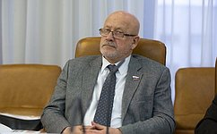 А.Соболев вДень знаний посетил школу №47 Севастополя