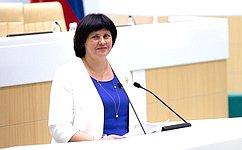 СФ поддержал закон, совершенствующий общественный контроль заправами человека вместах принудительного содержания