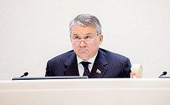 Ю. Воробьев: Проверка материалов одоходах сенатора Л. Лебедева прекращена всвязи сего заявлением осложении полномочий