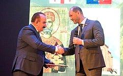В.Лакунин: Сила России вмногонациональности ее народа, арусский игрузинский народы объединяет многовековая дружба исотрудничество