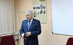 С.Мартынов встретился сучащимися кадетского класса вРеспублике Марий Эл