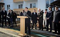 М. Хапсироков выступил наторжественном открытии вМайкопе дома, построенного для детей-сирот