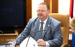 О.Мельниченко провел встречу сделегацией союза молодежи КНДР