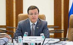 Д. Азаров поздравил сДнем знаний учеников школы №81 Самары