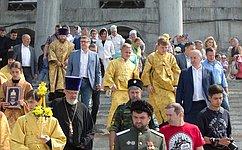 Сенатор Олег Цепкин посетил освящение колоколов кафедрального собора вЧелябинске, который войдет впятерку самых высоких храмов России