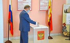 С. Лукин: Я проголосовал забудущее России