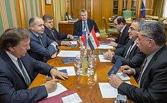 И. Умаханов: Россия хочет видеть Ирак единой, целостной ипроцветающей страной