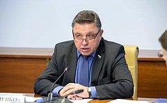 В. Тимченко: Перед нами стоит задача совершенствовать законодательство вобласти общественного питания
