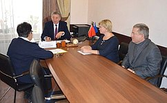 С. Лукин обсудил социально значимые вопросы входе приема граждан вВоронеже