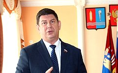 В. Смирнов: Нужно совершенствовать механизмы обновления материальной базы дошкольных организаций