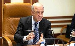 Мы должны максимально снизить бюрократические барьеры напути национальных проектов— А.Бабаков