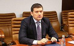 Н. Журавлев: Наш законопроект направлен назащиту прав граждан нафинансовом рынке