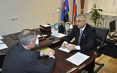 В. Пичугов провел прием граждан вСургутском районе ХМАО