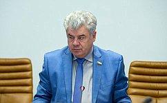 Ю. Бондарев: Будущих российских офицеров следует воспитывать наобразцах мужества, решительности исамоотверженности