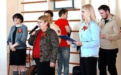 О. Старостина приняла участие вторжественной церемонии вступления в«Юнармию» учеников одной изшкол Нарьян-Мара