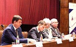 Гражданское общество должно играть ключевую роль вреализации национальных проектов— В.Смирнов