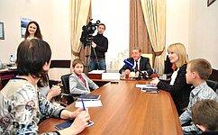 С.Лукин: Поддержка детей– серьёзная инвестиция вбудущее страны
