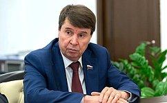 Сергей Цеков задал министру вопрос оводоснабжении Крыма