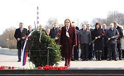 Делегация Совета Федерации воглаве сВ.Матвиенко посетила мемориальный комплекс «Брестская крепость— герой»
