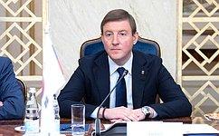 А. Турчак иЛ. Бокова внесли законопроект, повышающий безопасность пассажиров такси