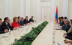 Председатель СФ В. Матвиенко встретилась сПрезидентом Республики Армения С. Саргсяном