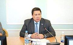 В. Полетаев: Развитие племенного животноводства– приоритетное направление сельского хозяйства вРеспублике Алтай