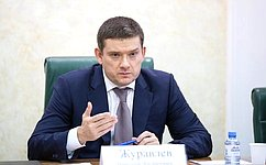 Н. Журавлев: Грамотная настройка «зарплатных налогов» позволилабы создать преимущества для российских предпринимателей