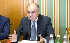 Делегация Совета Федерации воглаве сИ.Умахановым посетила свизитом Арабскую Республику Египет